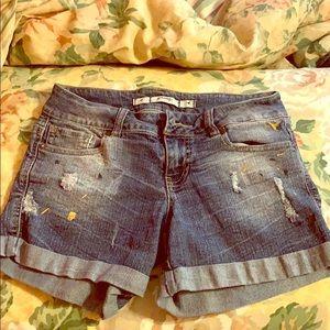 Grane brand juniors distressed shorts